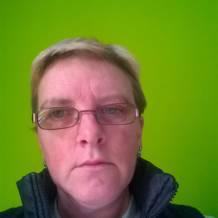 Cherche femme a corbeil de 55 a 65 ans