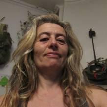 Femme cherche homme dans le Var (83) : annonces rencontres de femmes sérieuses célibataires