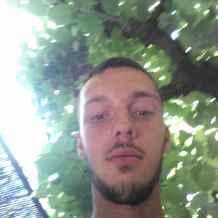 Homme celibataire 28 ans [PUNIQRANDLINE-(au-dating-names.txt) 52