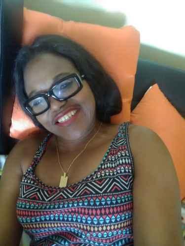 Je cherche une jeune femme black [PUNIQRANDLINE-(au-dating-names.txt) 34